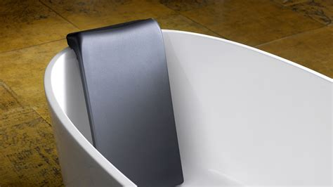 luxury backrest victoria albert tubs  freestanding