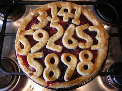 pi pie  berry pie cooking  baking  cut
