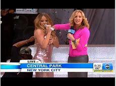 Mariah Carey's Wardrobe Malfunction on 'GMA' 'Oh Shoot