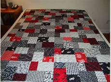 Black and White Double Slice Layer Cake Quilt