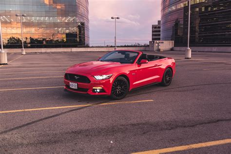review  ford mustang gt convertible canadian auto