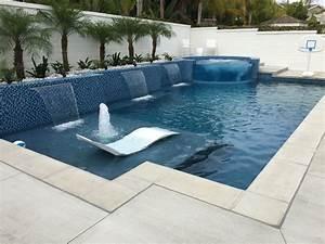 Contemporary Pool Design - Home Design