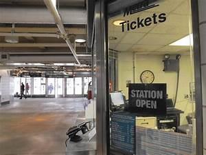 Metra to close Oak Park ticket office on March 30 - Oak Leaves