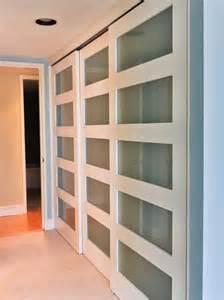 Replace Sliding Closet Doors by Sliding Closet Door Storage Amp Closets Design Ideas