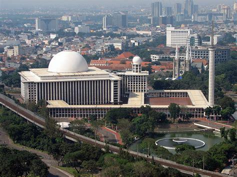 istiqlal mosque jakarta wikipedia
