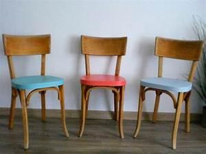 Chaise Bistrot Vintage : 17 best images about chaises on pinterest vintage roses school chairs and chairs ~ Teatrodelosmanantiales.com Idées de Décoration