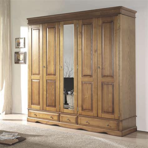 cuisine meubles bois massifs meuble ch 195 170 ne massif lit armoire massif armoire bois pas cher