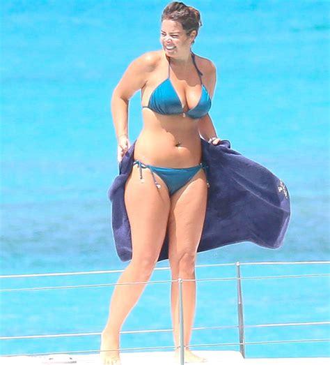 Jeremy Kyle, 51, can't take his eyes off bikini-clad girlfriend, 35, during Barbados break ...