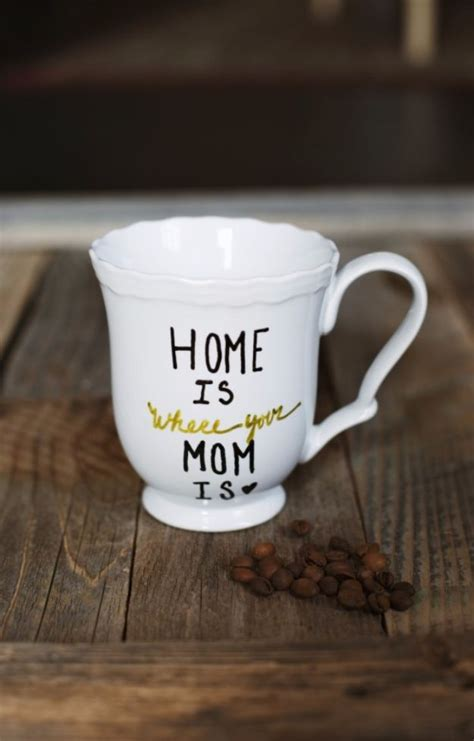 creatively thoughtful diy mothers day gifts