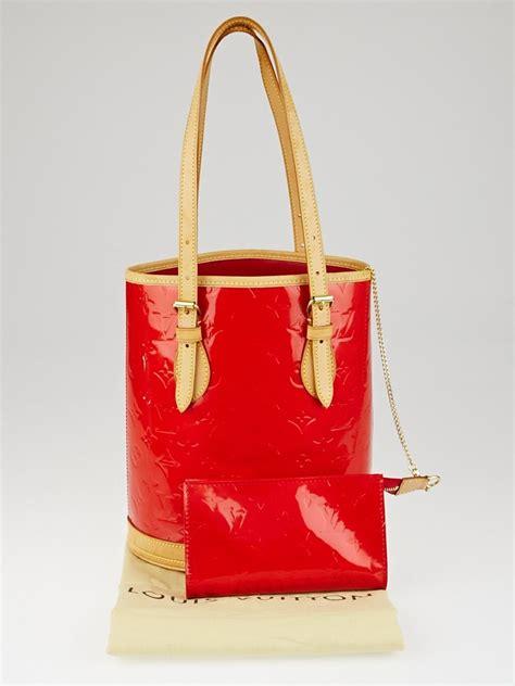 louis vuitton red monogram vernis petit bucket bag