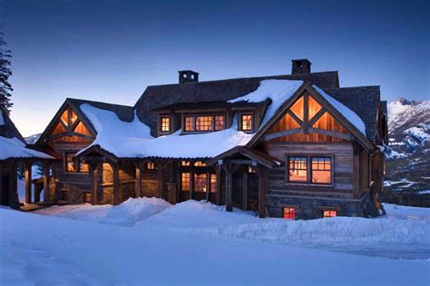 log cabin lodge rustic mountain retreat in big sky resembles an lodge