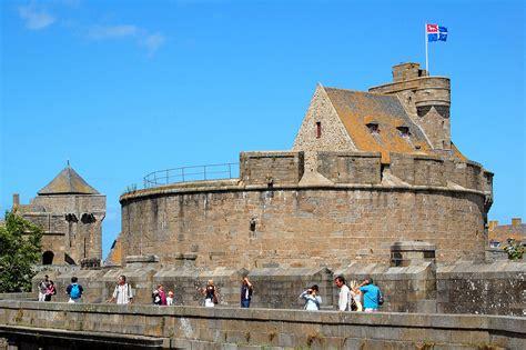 si鑒e auto castle castelli della bretagna castlesintheworld