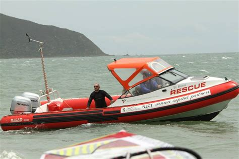 Safety Boat Qualification by Club Safety Boat Operator Rowing