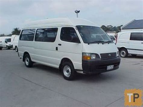 Toyota Hiace Usa by Used Toyota Hiace Commuter Panel Vans Year 2002 Price