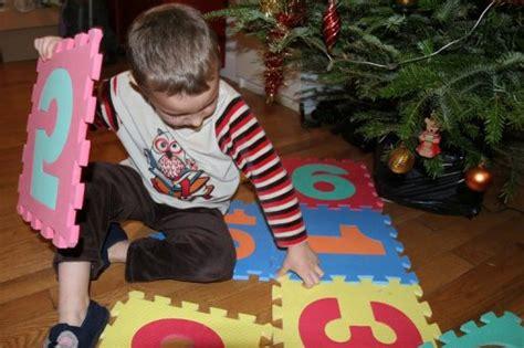 la suspend pour trois mois la vente des tapis puzzle en mousse le point
