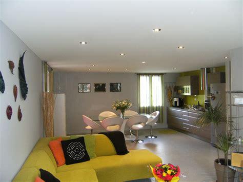 spot pour chambre plafond tendu blanc avec spots intégrés espace 39 s