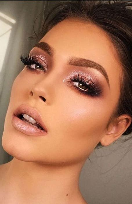 Most Gorgeous Prom Makeup Looks The Trend Spotter