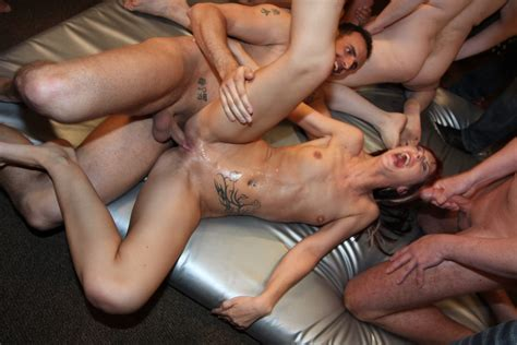 Skinny Euro Chick Gina Bang And Friend Fuck All The Guys