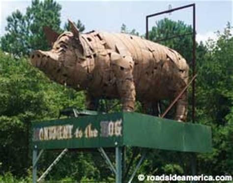 monument   hog dothan alabama