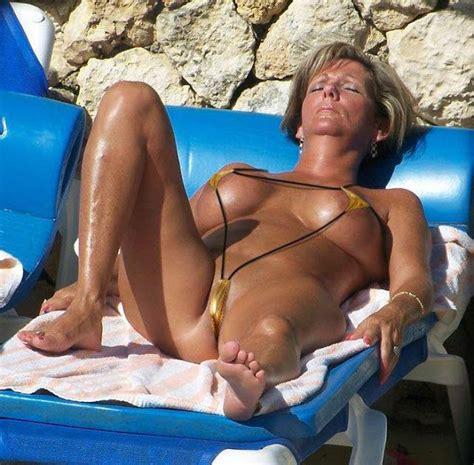 milfs micro bikini