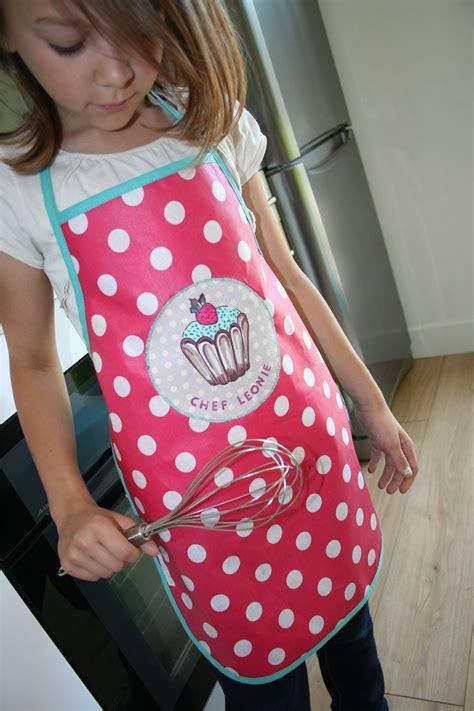 patron tablier cuisine fille en cuisine york avec toi