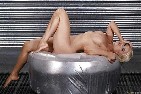 Hot Blonde Whore Nikki Delano Removes Skimpy Bikini To