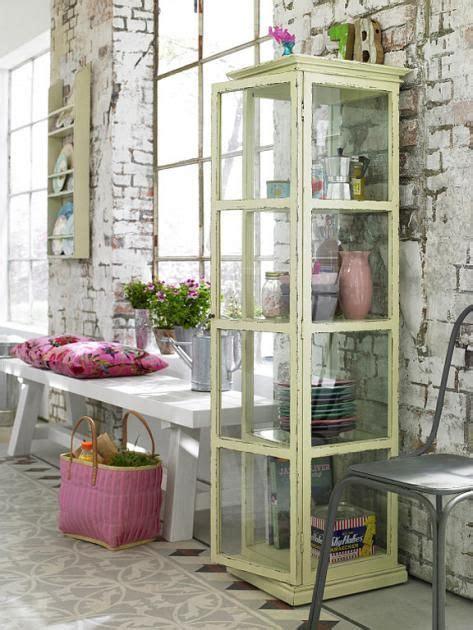 herbstgestecke für draußen vitrinen die perfekten schauk 228 sten vintage look vitrine nordal regale vitrinen