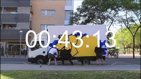 Graffiti Jalanan :  Youtube