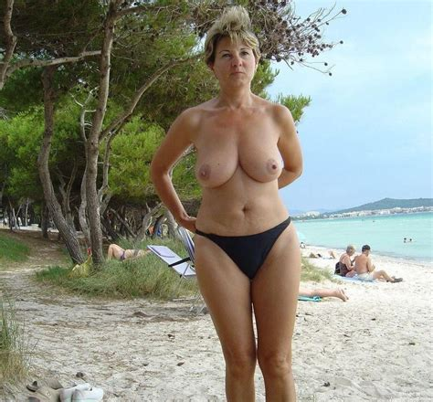Hot Amateur Milf On Vacation gallery-29568 | My Hotz Pic