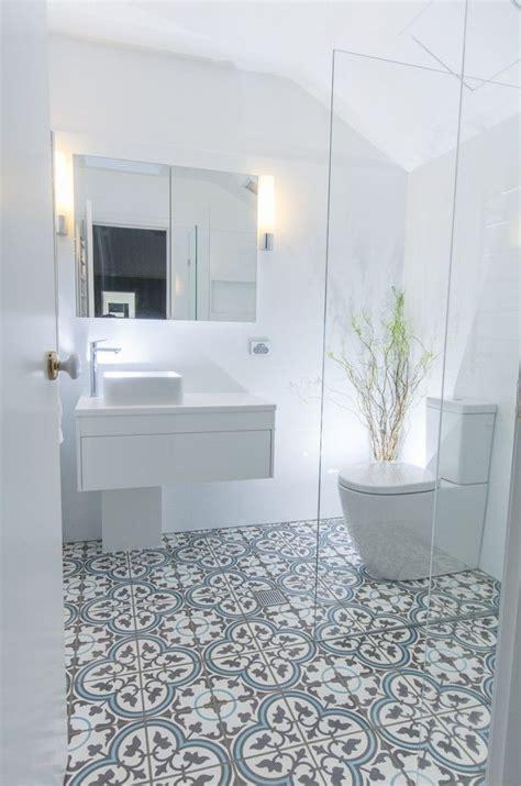 diy bathroom flooring ideas best 25 blue bathroom tiles ideas on diy blue