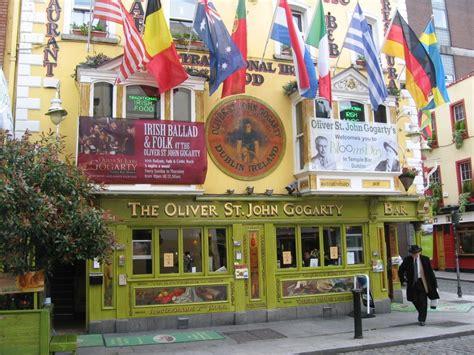 st gogarty pub temple bar dublin ireland otimo pub saborear a comida irlandesa