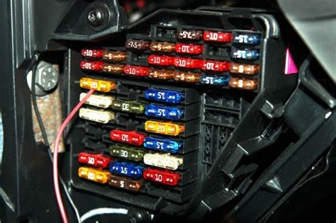 Electrical Fuse Box In Car by 9 Car Maintenance Hacks To Make Your Easier