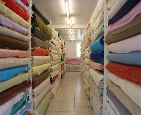 sofa lugar para deitar como escolher tecidos para estofados mundodastribos