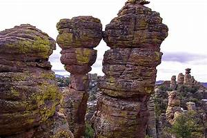 Kissing Rocks - Heart Of Rocks Trail