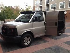 Find Used 2004 Gmc Savana 2500 Base Cargo Van 3