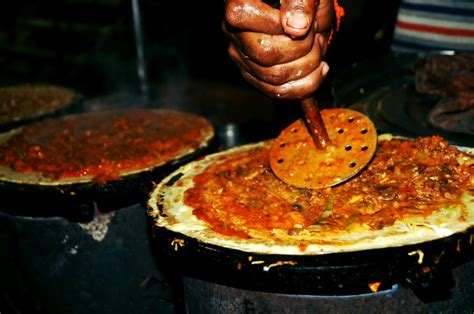 types  indian street food   eat  worrying