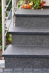 Treppenstufen Außen Granit : treppenstufen au entreppe basalt treppenbelag anthrazit schwarz ~ Frokenaadalensverden.com Haus und Dekorationen