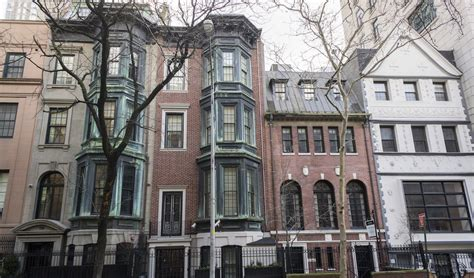 manhattan townhouse prices rise as fast as