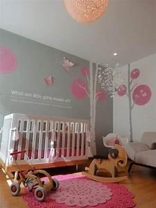 Wandfarbe Kinderzimmer Mädchen : babyzimmer ideen rosa teppich wanddeko graue wandfarbe kinderzimmer pinterest pink baby ~ Sanjose-hotels-ca.com Haus und Dekorationen
