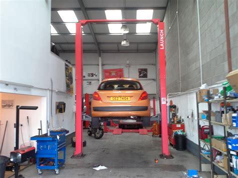 Scott's Garage In Belfast