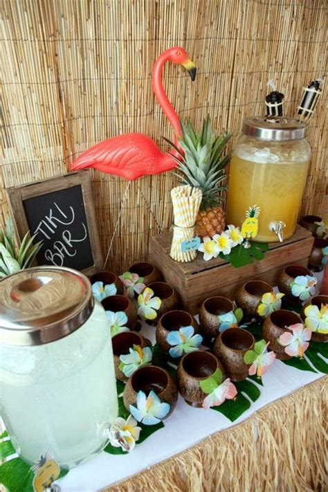 40 Affordable And Creative Hawaiian Party Decoration Ideas