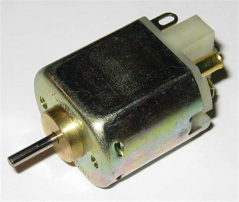 Small Electric Motor by Johnson Electric 6 V Dc Electric Small Motor 3500