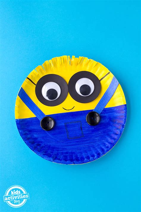 easy paper plate minion craft