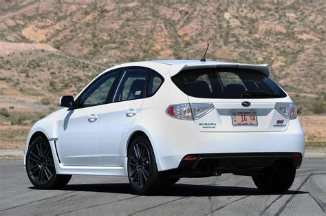 Subaru Wrx Sti Hatchback 2 5 300 Hp Turbo Automatic