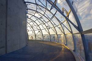 Buitink Technology Grafts Etfe Membrane Unto Reservoir In France