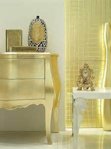Gold Bedroom Decorating