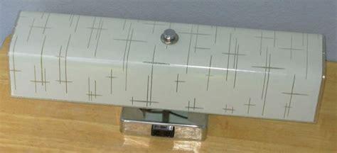 vintage  bathroom light wall vanity fixture chrome