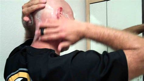 Lesbian Bald Head Shaving