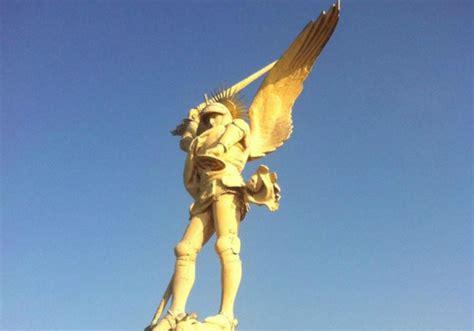 relation amoureuse au bureau statue mont michel 28 images el arc 225 ngel monte