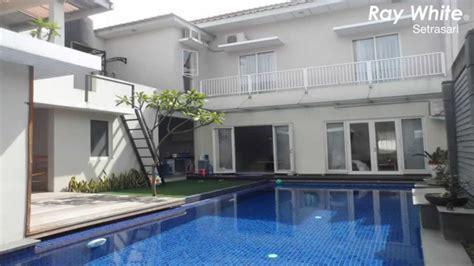 rumah minimalis dijual kota  parahyangan  kolam